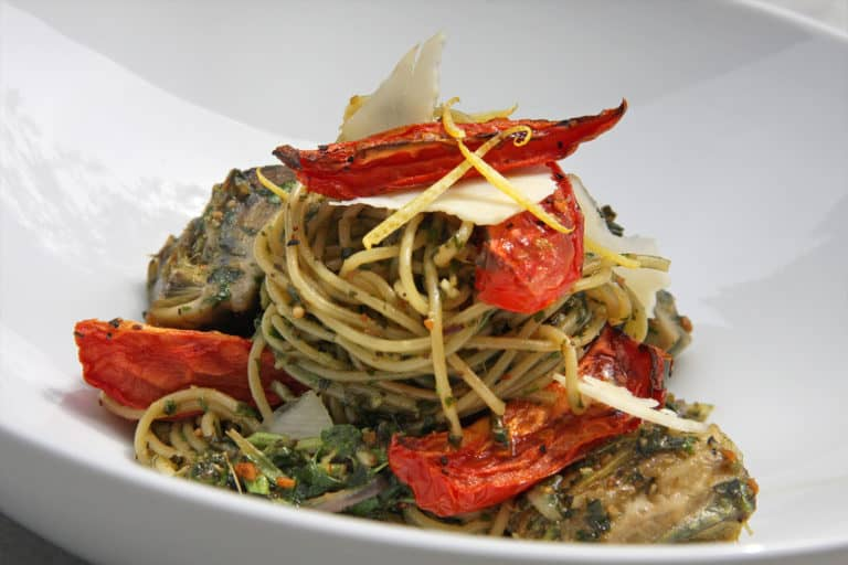 sundried tomatoes and pasta dish, college athletic food service nutrition