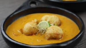 Read more about the article How to Make Home-Made Vegetarian, Gluten Free Curry
